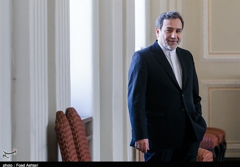Iranian Diplomat, Iraq's Ammar Hakim Discuss Closer Ties