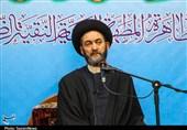 """امام جمعه اردبیل: معلمان بازنشسته نیز از امتیازهای """"طرح رتبهبندی معلمان"""" بهرهمند شوند"""