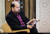 مجموعه مقالات حمیدرضا شکارسری در «شعر و آزادی» منتشر میشود