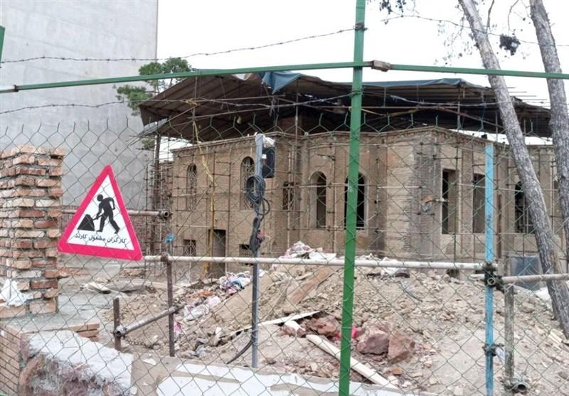 جدیدترین تصاویر مرمت خانه یکی از سران مشروطه/ کارگران در ظهیرالاسلام مشغول کارند