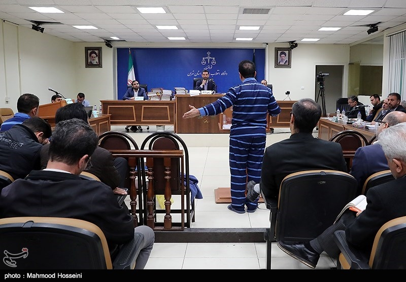 خیانت متهمان پتروشیمی با افشای حسابهای خارجی شرکتهای دولتی پتروشیمی