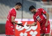لیگ برتر فوتبال| بازگشت پرسپولیس به جمع مدعیان با پیروزی پرگل برابر ذوبآهن/ کالدرون درِ خروج را به منصوریان نشان داد