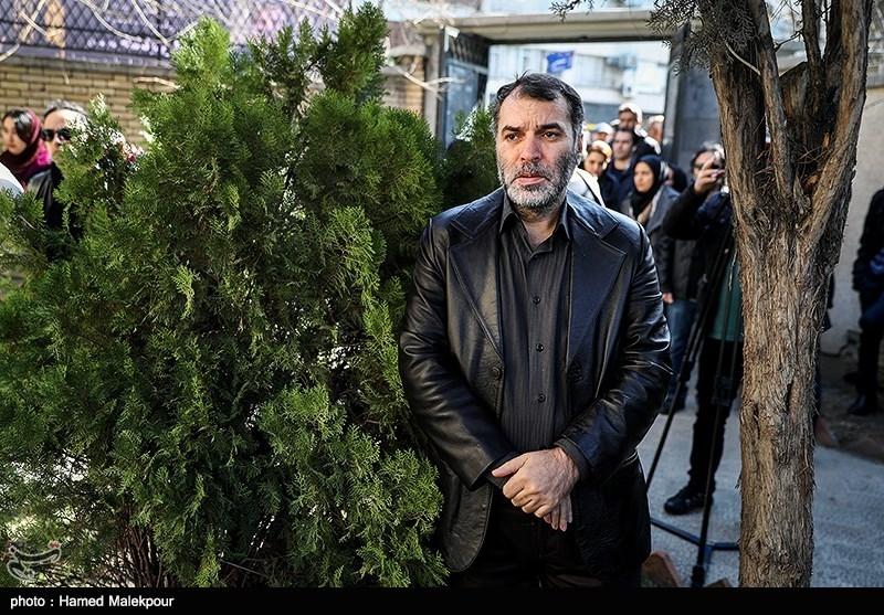 مسعود دهنمکی در مراسم تشییع پیکر زندهیاد خشایار الوند