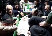 """وداع با پیکر شهید مدافع حرم تازه تفحصشده""""میثم نظری"""" + عکس و فیلم"""
