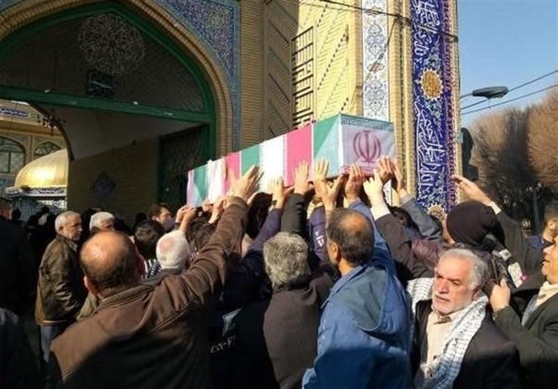 پیکر شهدای گمنام در دانشگاه آزاد تهران جنوب آرام گرفت +تصاویر