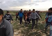 واپسی مارچ پر صہیونی فوج کے وحشیانہ حملے جاری، 2 فلسطینی شہید، درجنوں زخمی