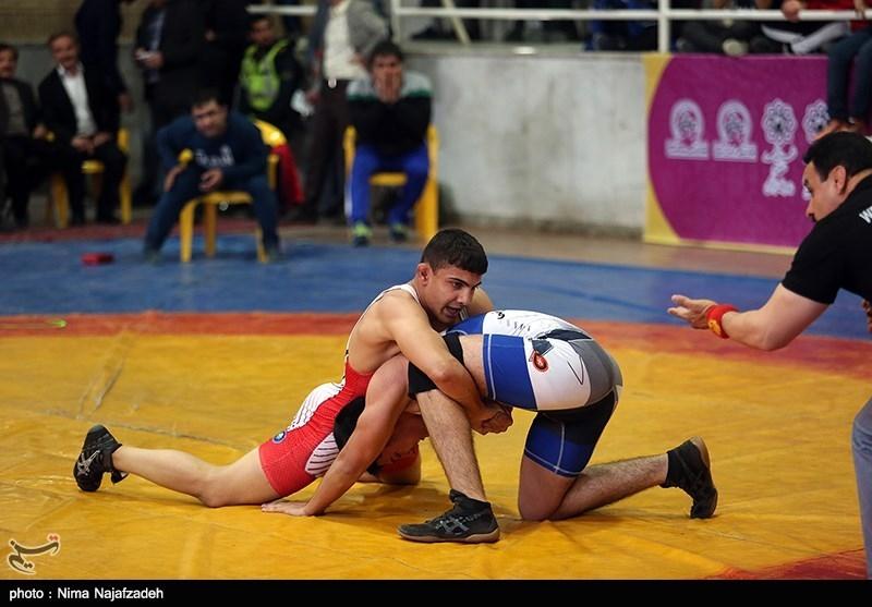 مدرسه کشتی در رشته فرنگی و آزاد در بوشهر راهاندازی شد