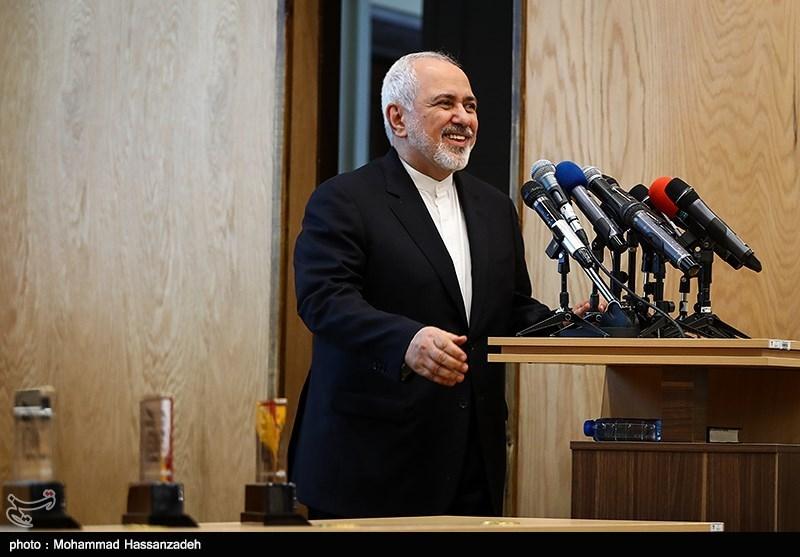 سخنرانی محمدجواد ظریف وزیر امور خارجه در همایش حکیم؛ محور وحدت