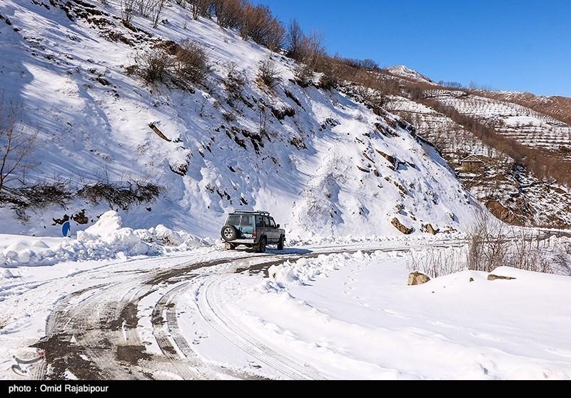 پلیس راهور: جادههای کشورنوروز پربارش و برفی رابه خود میبینند