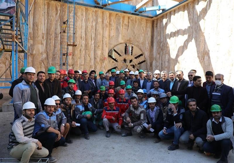 خط 2 قطار شهری شیراز 3 سال دیگر به بهرهبرداری میرسد