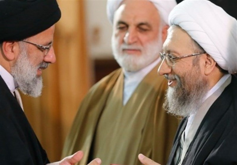 آغاز مراسم تودیع و معارفه رؤسای قدیم و جدید قوهقضاییه/تحویل حکم به حجتالاسلام رئیسی