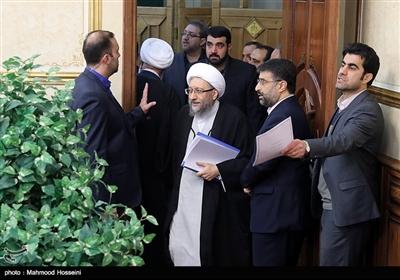 آیتالله صادق آملی لاریجانی رئیس مجمع تشخیص مصلحت نظام در مراسم تودیع و معارفه رئیس قوه قضاییه