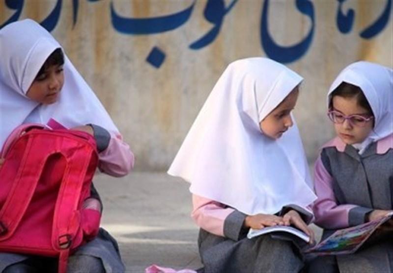 """موانع علاقهمندی دانشآموزان به """"حجاب"""" چیست/ افزوده شدن """"تربیت دینی"""" به سرفصل آموزشهای انجمن اولیا و مربیان"""