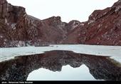 القبة الملحیة فی قم.. جاذبیة فریدة من نوعها للسیاحة الجیولوجیة فی ایران+صور