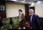 مجید قلی زاده مدیر عامل خبرگزاری تسنیم و سید محمد حسینی شاهرودی نماینده ولی فقیه کردستان