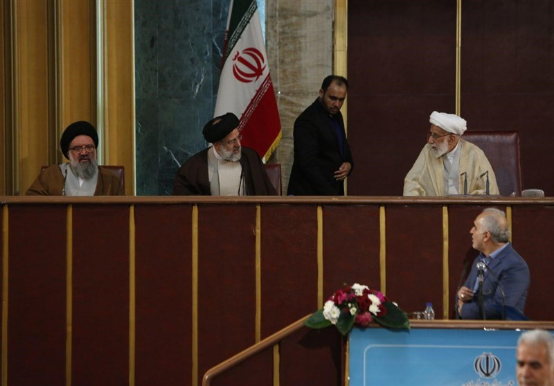 تکیه حجتالاسلام رئیسی بر جایگاه نایبرئیسی مجلس خبرگان + عکس