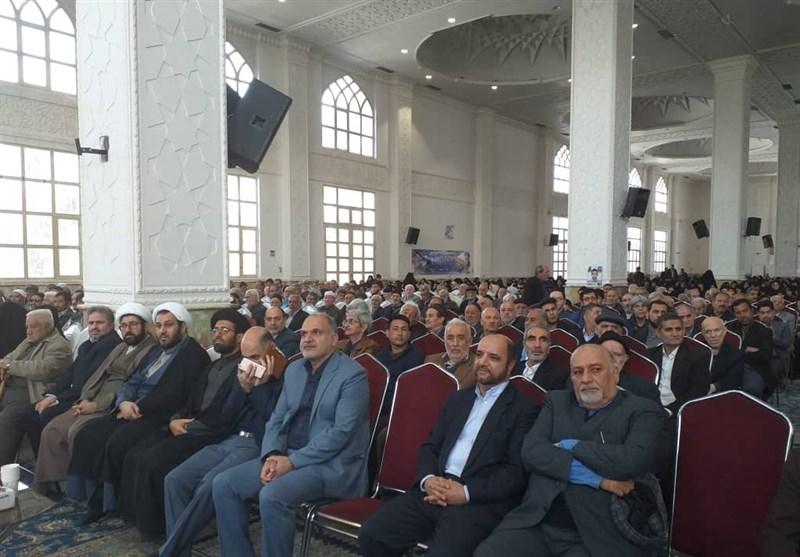 تهران| مراسم تجلیل از 2000 والدین شهید در شهرستان ری برگزار شد