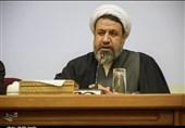 توصیه امام جمعه کرمان به مسئولان؛ مراقب افزایش قیمت کاذب کالاها باشید