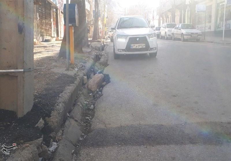 معابر شهری بادرود همچنان خسارتبار است/عدم زیرسازی و کیفیت نامرغوب موجب هدررفت منابع
