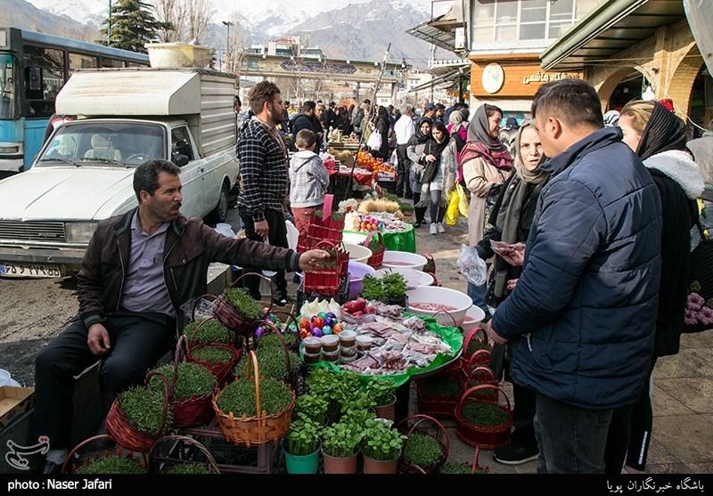 Shoppers Swarms Tajrish in North Tehran ahead of Nowruz