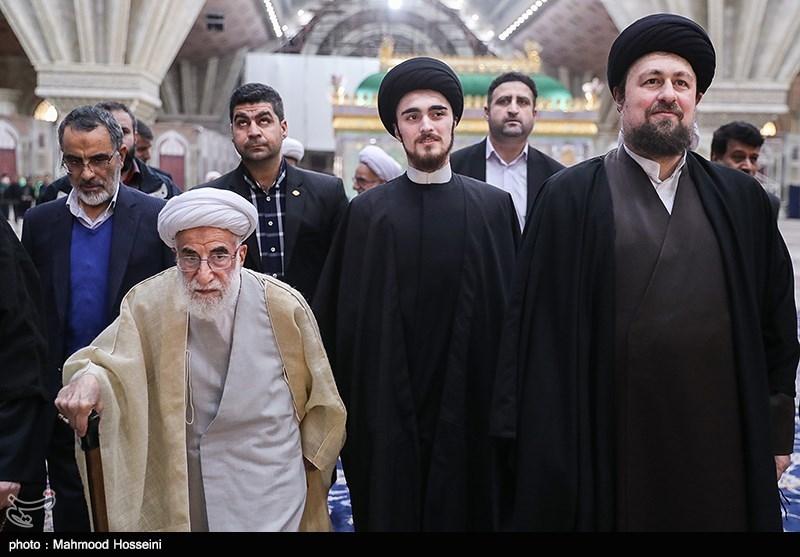 حجت الاسلام سیدحسن خمینی و آیت الله احمد جنتی رئیس مجلس خبرگان رهبری