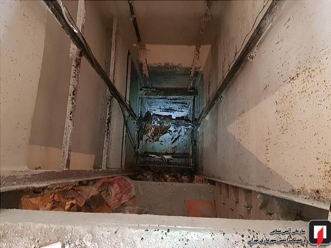 مرگ مرد 22 ساله پس از سقوط 9 طبقهای + تصاویر