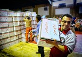 هلال احمر بیش از 3000 سبد غذایی در بین نیازمندان کرمان توزیع میکند