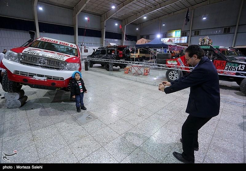 نمایشگاه خودروهای مدرن و کلاسیک با مشارکت هیات موتورسواری واتومبیل رانی شهرستان اصفهان در محل نمایشگاههای بین المللی استان اصفهان
