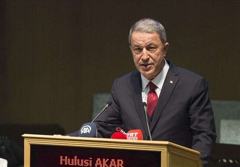 وزیر دفاع ترکیه: برای استفاده از اس 400 و پاتریوت فرمولی خواهیم یافت