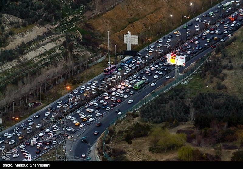 ترافیک سنگین در اتوبان «زنجان ـ تبریز» و «زنجان ـ قزوین»؛ محور زنجان ـ تهم ـ چورزق بازگشایی شد