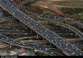 ترافیک سنگین و نیمهسنگین در محورهای منتهی به تهران/ بارش در محورهای گیلان