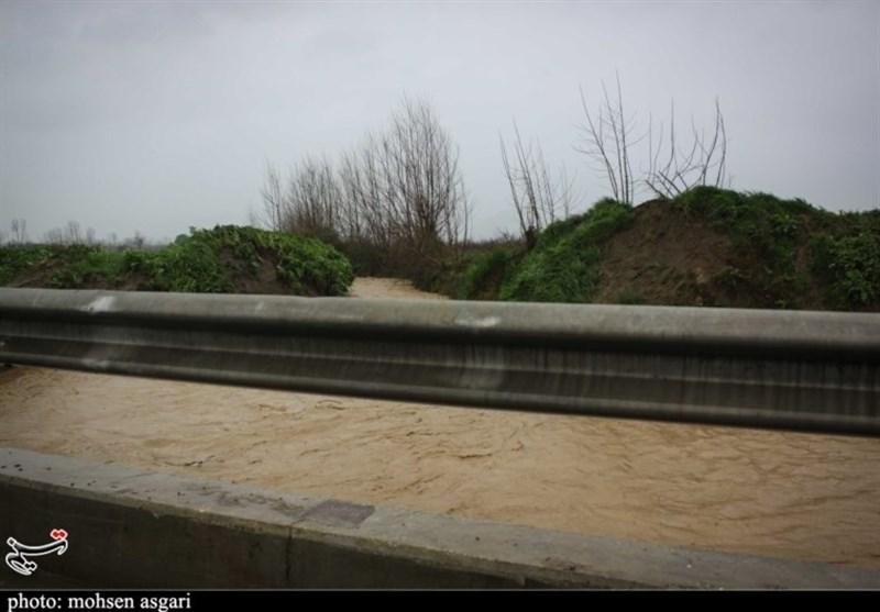 طوفان در گلستان؛ لغو پروازهای فرودگاه گرگان و مسدود شدن محورها + فیلم