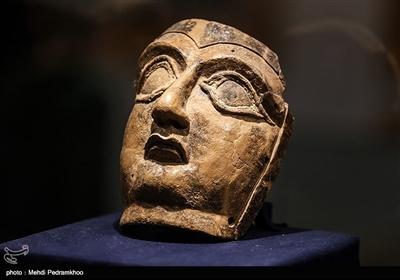 آثار این موزه به دوره پیش از تمدن عیلام تا دوران پس از اسلام تعلق دارد.