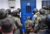 """توتر فی سجون الاحتلال تضامناً مع أسرى معتقل """"رامون"""""""