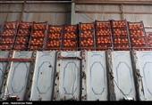 تهران  آغاز عرضه فروش سیب و پرتقال با نرخ دولتی؛ 7000 تن میوه شب عید روانه بازار شد