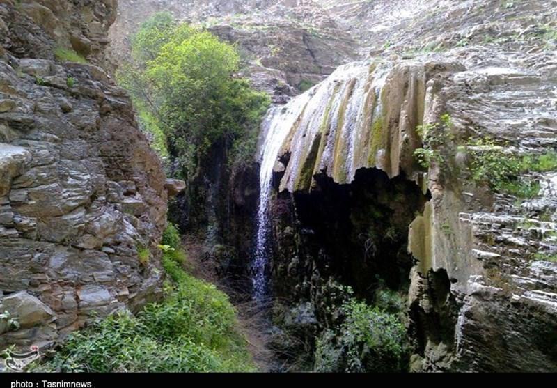 بهار 98  آبشار 7 آسیاب دره شهر نگین زیبا در دل کبیرکوه ایلام+تصویر