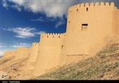 """قلعة """"بلقیس"""" فی خراسان الشمالیة.. ثان أکبر صرح طینی فی ایران + صور"""