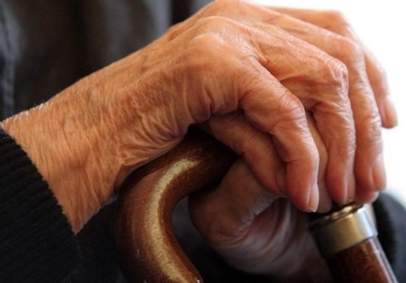 ارتباط قدرت عضلانی با عمر سالمندان,