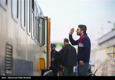 مسافران نوروزی در ایستگاه راه آهن قم