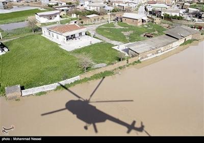 تازهترین اخبار از سیل گلستان|ورود سیلاب به فرودگاه گرگان/آغاز بارش باران در مناطق سیلزده/ نبود امکان امدادرسانی با بالگردها+ تصاویر