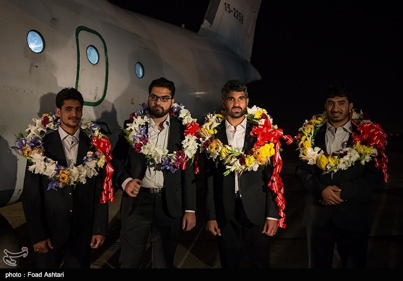 Freed Iranian Border Guards Repatriated from Pakistan (+Photos)