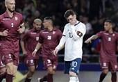 فوتبال جهان| شکست سنگین آرژانتین مقابل ونزوئلا در شب بازگشت لیونل مسی