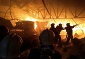 انبار بزرگ پلاستیک در جاده خاوران در آتش سوخت + تصاویر