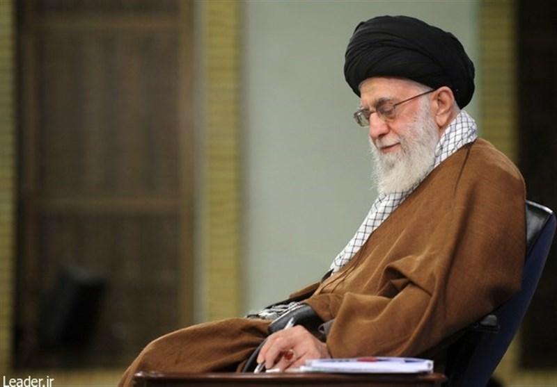 امام خامنهای به جوانان فرانسه: از رئیسجمهورتان بپرسید چرا تردید در هولوکاست، جُرم اما اهانت به پیامبر آزاد است؟