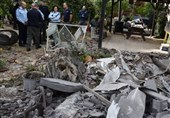 """إصابة 7""""إسرائیلیین"""" بعد سقوط صاروخ على تل أبیب"""
