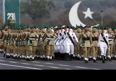یومِ پاکستان کی تقریبات: تصویری جھلکیاں