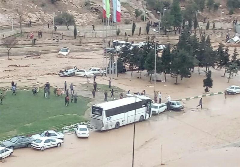 مدیرکل مدیریت بحران استان فارس: میزان خسارت سیلاب شیراز به زودی اعلام میشود