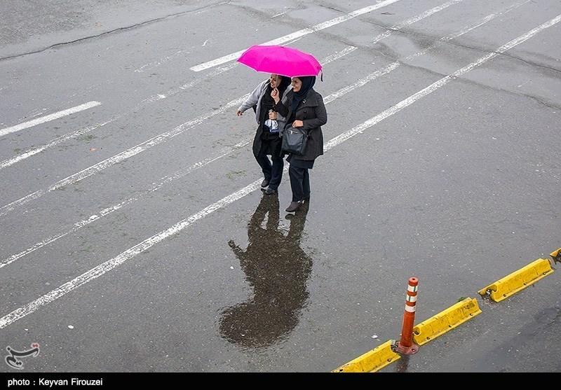 """امروز کدام استانها """"بارش باران"""" همراه با رعدوبرق دارند"""