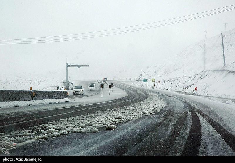 آخرین وضعیت راهها|برف و باران در جادههای 9 استان