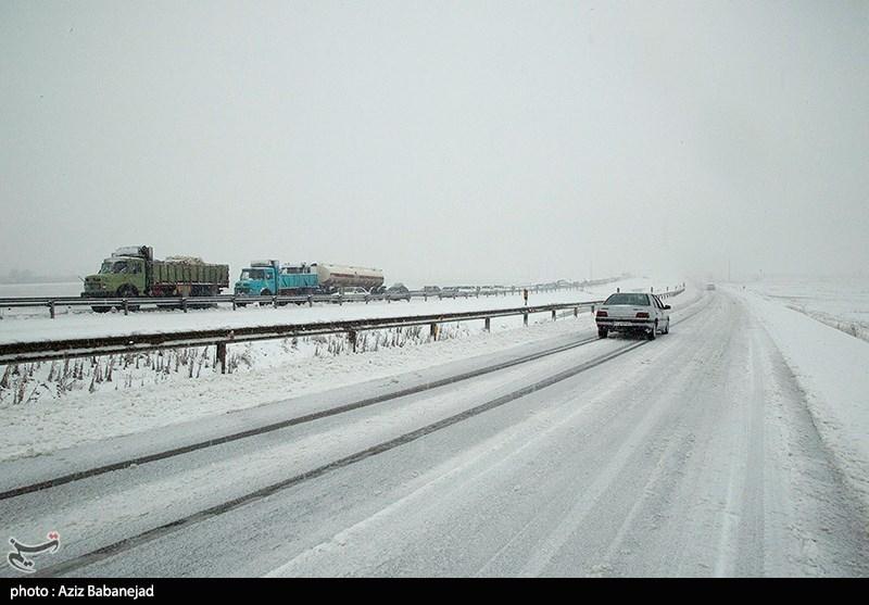 تهران| آمادگی کامل ستاد مدیریت بحران برای مقابله با بارشهای شدید؛ تردد در محور فیروزکوه روان است